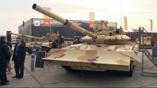 """El T 72 """"urbano"""", un blindado de futuro y otras novedades de la exposición rusa RAE 2013"""