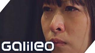 Fürs Weinen bezahlt: Tränen-Seminare in Japan | Galileo | ProSieben