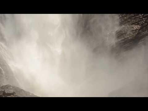 Yoho National Park - Takakkaw Falls, Natural Bridge, Emerald Lake - Canadian Rockies