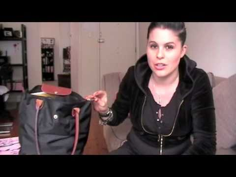 What's In My Bag?! Longchamp Le Pliage