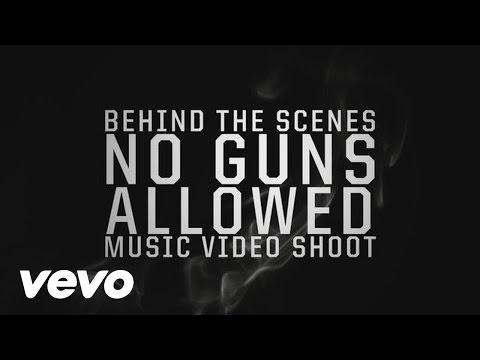 Behind The Scenes: Snoop Lion & Drake - No Guns Allowed