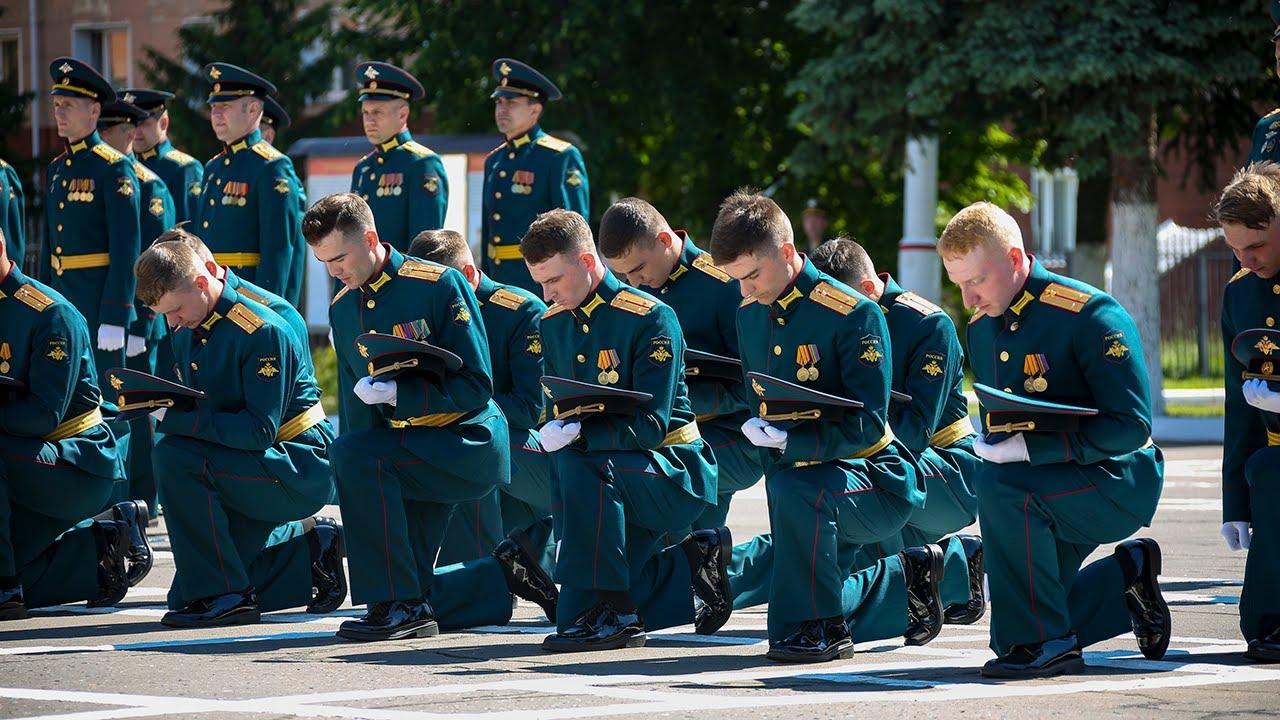 Запись прямой трансляции выпуска офицеров Военной академии РВСН им. Петра Великого