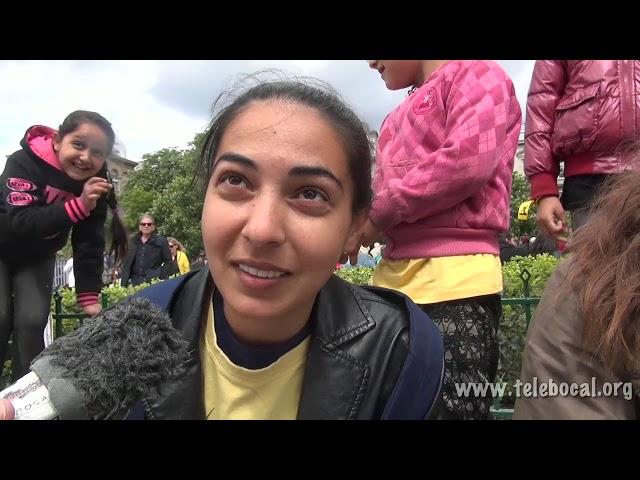 Esmeralda à Notre Dame de Paris − Avril 2015