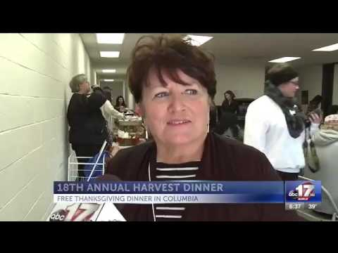 Thanksgiving charity dinner feeds hundreds in Columbia