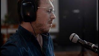 Dustin Tebbutt - Chasing Gold (Live)