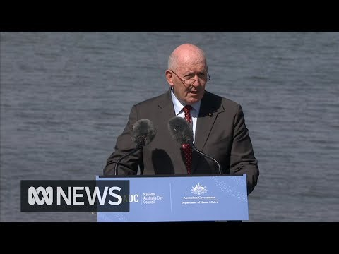 Governor-General Peter Cosgrove leads the citizenship affirmation | ABC News