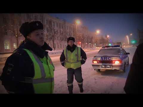 #Йошкар-Ола Мэрия заклеивает дорожные знаки скотчем.