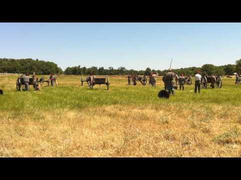 Gettysburg Canon Firing.mov