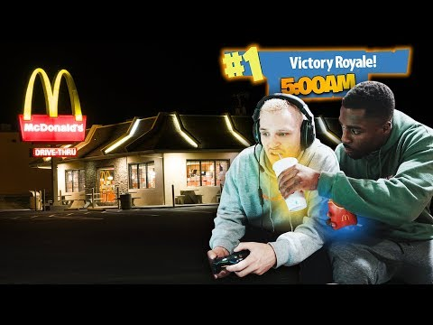 Playing Fortnite Overnight IN MCDONALDS (UNLIMITED FOOD)