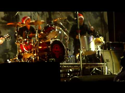 the little drummer boy von die toten hosen song. Black Bedroom Furniture Sets. Home Design Ideas