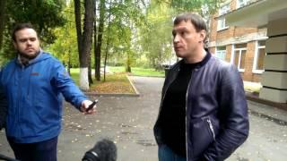 Смотреть Сергей Пахомов голосует. Выборы 2016. онлайн