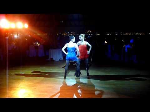 """Del Cruz Dj electrotango """"Y es que"""" - en vivo"""