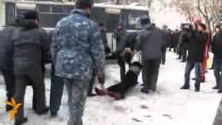 Бишкектеги тергөө абагында тополоң чыкты