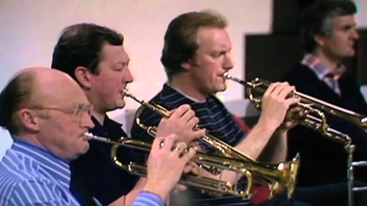 Download Trumpet Player Disagrees with Bernstein in Rehearsal - BBC Orchestra