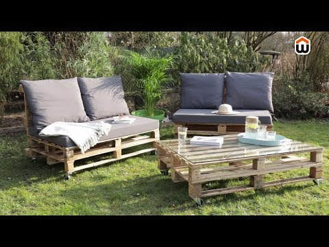 cr er son salon de jardin en palettes en bois diy youtube. Black Bedroom Furniture Sets. Home Design Ideas