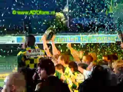 2002 2003 VVV ADO Den Haag 0-3, uitreiking Kampioenschaal