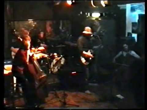 Chimp Little One live Aug 1999