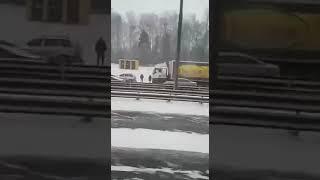 Смотреть видео #Массавая#Авария#Москва#Тула#более#100#машин# онлайн