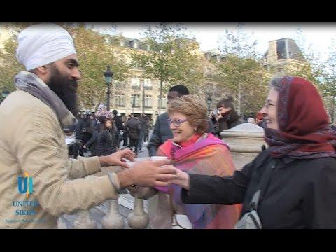 UNITED SIKHS  - Sikhs Serve Tea In Paris