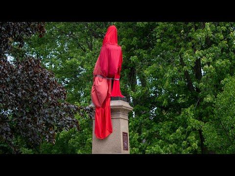Kingston council votes to move Sir John A. Macdonald statue