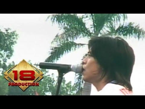 Peterpan - Sally Sendiri  (Live Konser Kotabumi 20 Maret 2008)