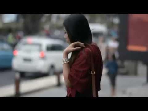 Menyesal music video