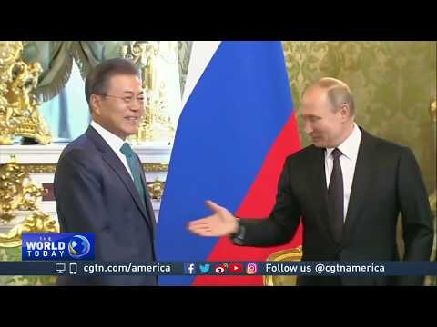 Moon, Putin vow to boost economic ties, work together on DPRK