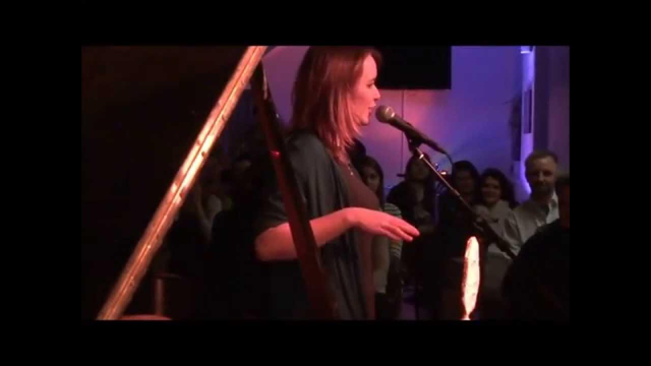Poetry Slam Mona Harry