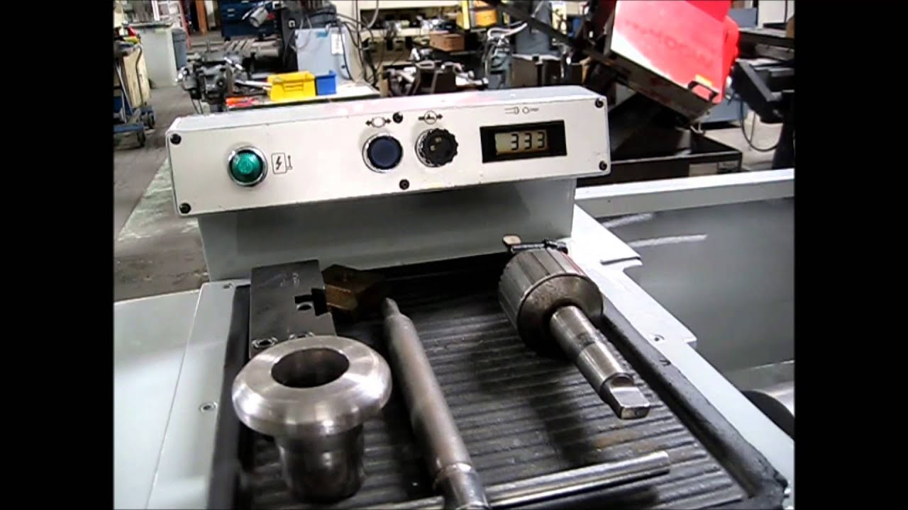 CLAUSING - COLCHESTER VS-13 ENGINE LATHE UNDER POWER