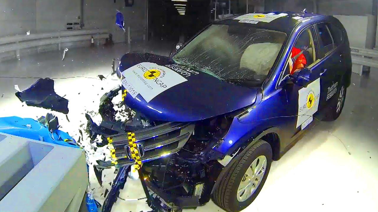 Honda crv crash test fifth gear youtube for Honda crv crash test