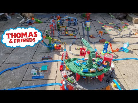 Thomas And Friends HUGE RAILWAY TRACK With SUPERSTATION Trackmaster