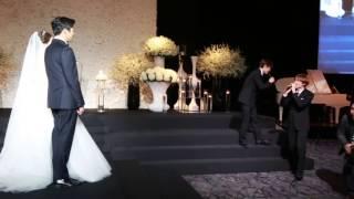 Donghae & Eunhyuk singing Oppa Oppa on Ahra's wedding