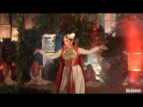 Akademi's Mughal-e-Azam: Pyar Kiya To Darna Kya