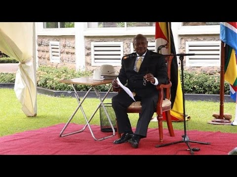 Uganda court scraps new anti-gay law