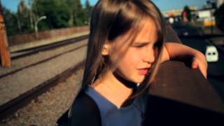 Алина Мандрыкина - Песня про папу (Official Video)