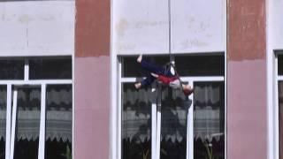 Занятие по технике пожарной безопасности в школе №4