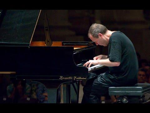 Alexander Lonquich - Schubert Piano Sonata no. 21, D. 960 - live 2013