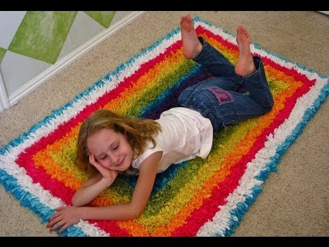 How to make a t shirt recycled rug youtube for How to make rugs out of old t shirts