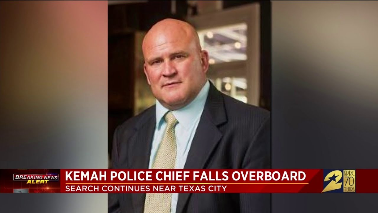 Kemah Police Chief falls overboard