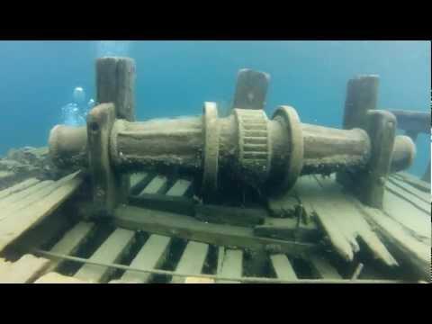 The Sweepstakes Shipwreck 2012 - Tobermory Ontario Canada