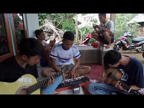 Cover Lagu Cinta Di Pantai Bali Paling Absurd. Jangan Nonton :)