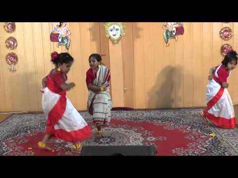 Dance performance with bengali folk song (Santali Music) Tu Kene Kada Dili