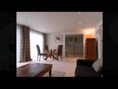 Builders | Brighton & Hove | Kitchen & Bathroom fitters | Decorators | Colour Republic
