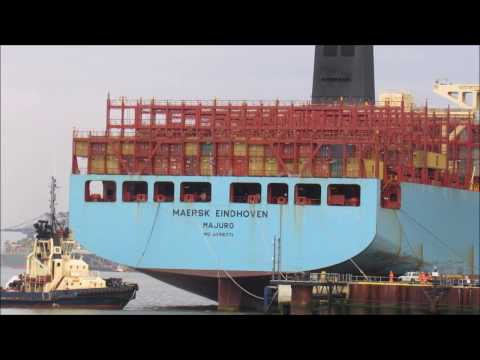 Maersk Eindhoven berth swap from Felixstowe Berth 9 to Berth 6    4th January 2017