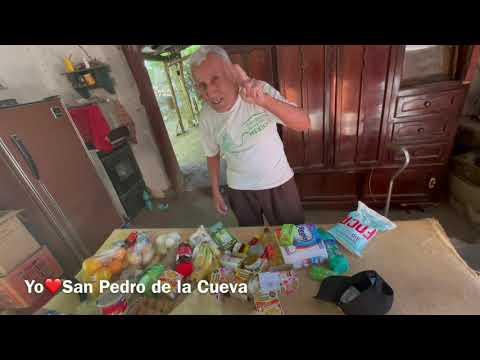 Don Benito Olivas recibe una despensa desde Oklahoma