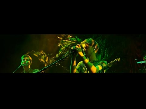 Glass Animals - Toes (Esquire Live Sessions)