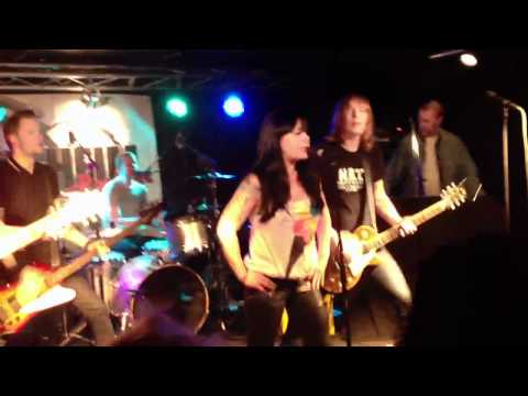 The Dahlmanns in Fredrikstad // Shake me up