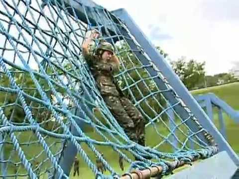 Lutadores defendem o país nos Jogos Militares de