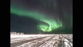 フィンランド、イナリ湖でのオーロラタイムラプス動画。OLYMPUS OMD EM1...