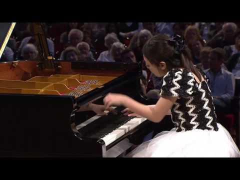 Airi Katada – Etude in G flat major, Op. 10 No. 5 (first stage, 2010)